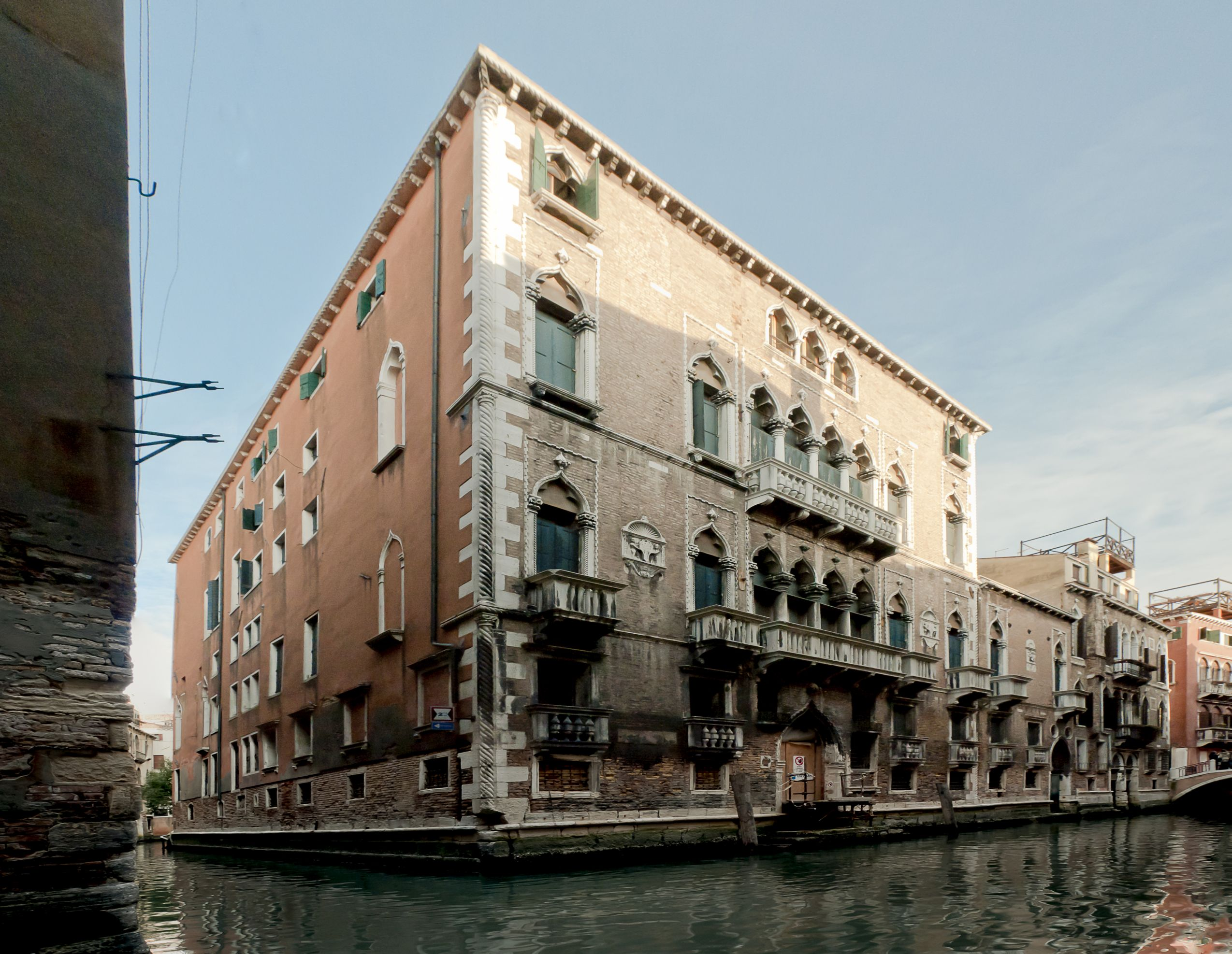 Restored Palazzo in Venice as a second home for local and international property buyers1 - Stonehard